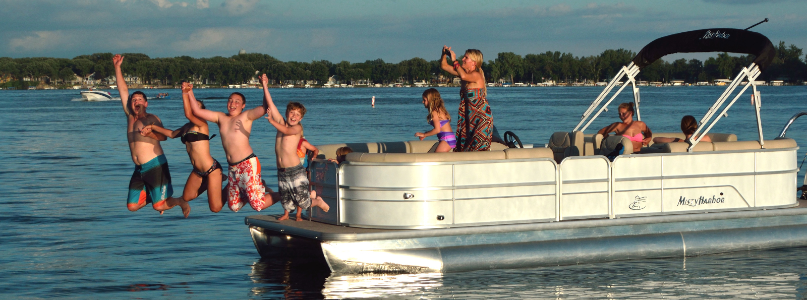 New And Used Boat Sales In Aurora Il Carl Stirns Marine